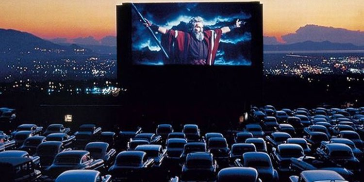 Drive-in cinema to Irvine