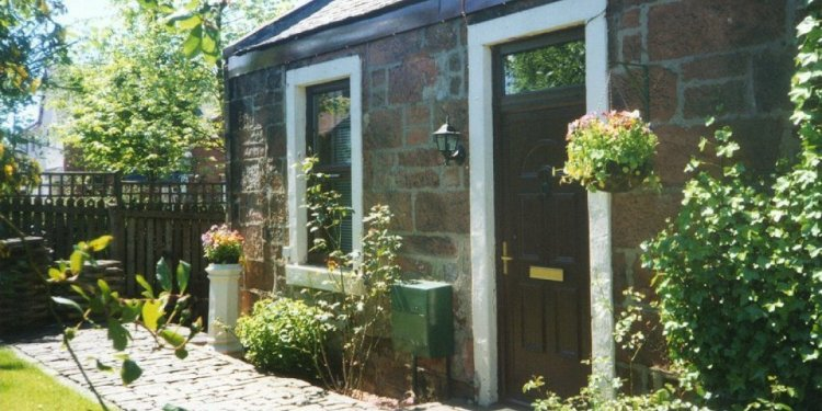 Station Cottages Balloch self