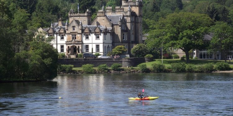 Loch lomond, Hotels and House